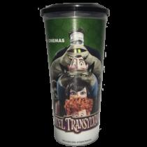 Hotel Transylvania 2. – Ahol még mindig szörnyen jó pohár